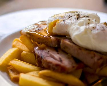 egg, ham and chips
